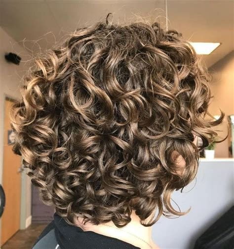 60 Most Delightful Short Wavy Hairstyles in 2020 Curly