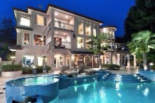 large luxury homes us luxury investors to buy big in 2015 survey home realty today