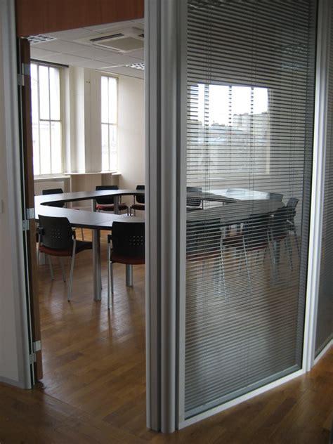 cloison modulaire bureau cloison modulaire vitrée cloison de bureau en verre