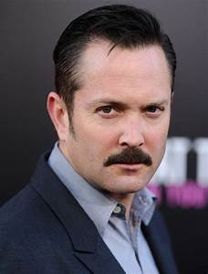 Thomas Lennon Biography| Profile| Pictures| News