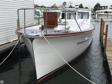 Matthews 42 Boat by Matthews 42 Stock Cruiser Boat For Sale From Usa