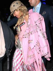 Beyonc Out In New York In Pink Gucci Outfit With Only One