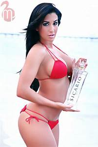 8xclusive: Claudia Sampedro