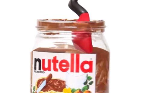 Vaso Nutella L Invenzione Definitiva Il Cucchiaio Ripulisce Il