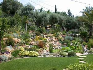 Jardin Rocaille Méditerranéen. plantes et am nagement jardin m ...