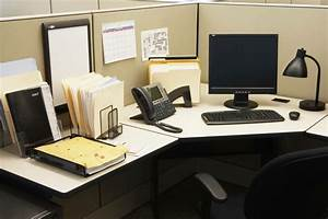 8 Quick Tips to Organize your Work Table - Indoindians