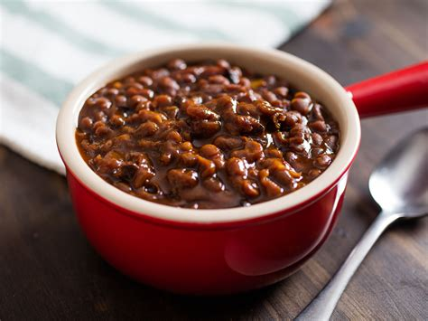 boston recipes how to make boston baked beans the low slow old fashioned way serious eats
