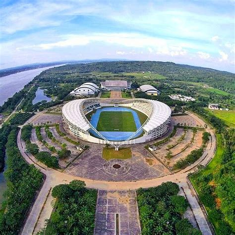 stadion keren  indonesia fotogenik