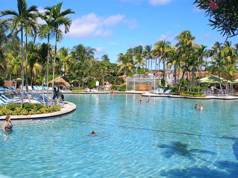 Pool : Atlantis On Paradise Island, San Diego Metro Magazine