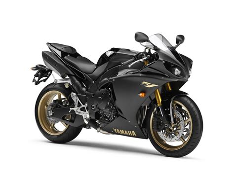 Amazing Cars And Bikes Yamaha R1