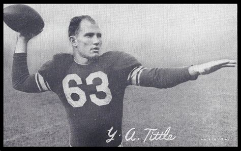 ya tittle   exhibit  vintage football card