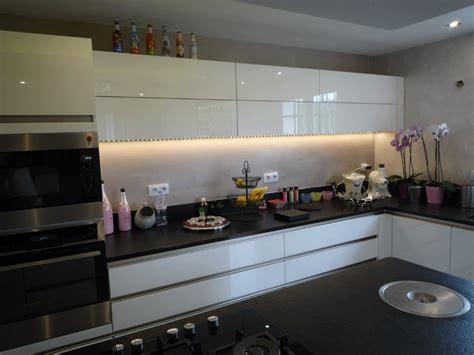 cuisine marbre noir davaus cuisine avec marbre noir avec des idées