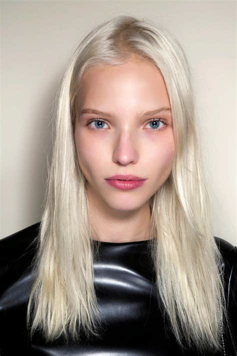 Platinum Color Hair by 30 Platinum Hair Color Shades And Styles