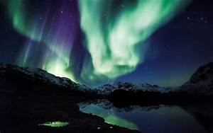 Northern Lights iPhone Wallpaper - WallpaperSafari