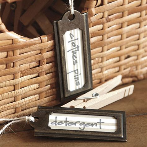 labeling  closet expedit baskets  hanging tags