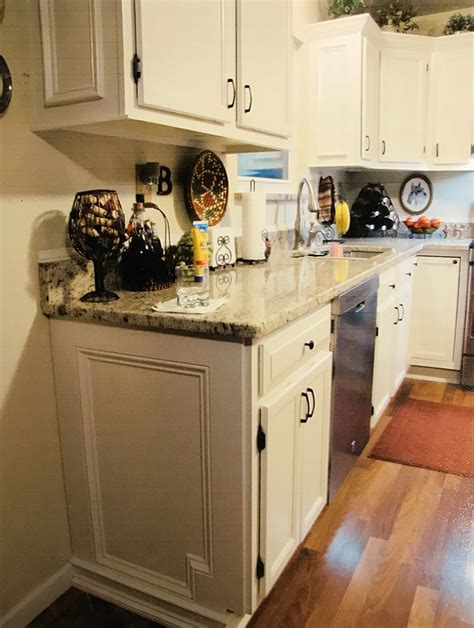 kitchen cabinets st louis kitchen cabinet refinishing st louis america west