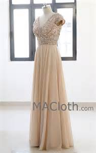 gold dresses for bridesmaids best 25 gold bridesmaid dresses ideas on