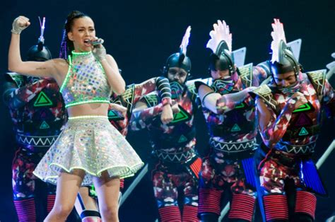 Kiis Jingle Ball Katy Perry Bts Billie Eilish Sam