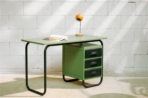 bureau vintage 馥s 50 industrieel vintage frans bureau jaren 60 dehuiszwaluw
