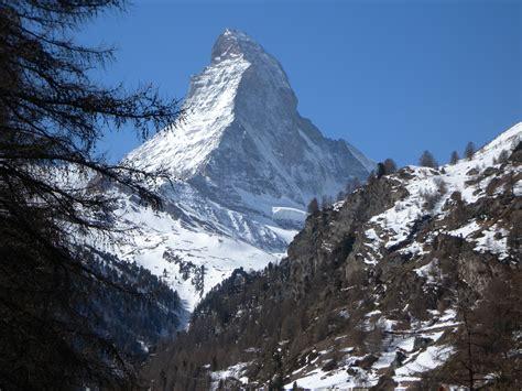 ski   shadows  mont blanc  matterhorn march