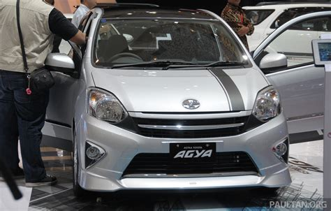 Toyota Agya Backgrounds by Pavadai Mulai Auto Design Tech