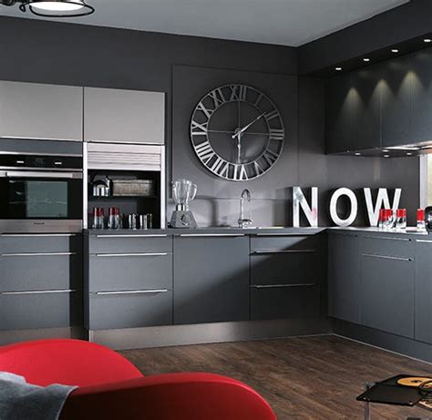 deco cuisine grise et horloge de cuisine 20 jolis modèles pour une décoration