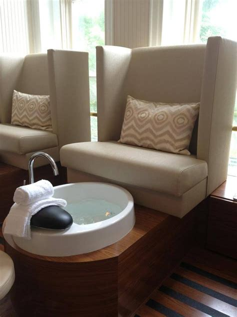 25 best ideas about spa pedicure chairs on