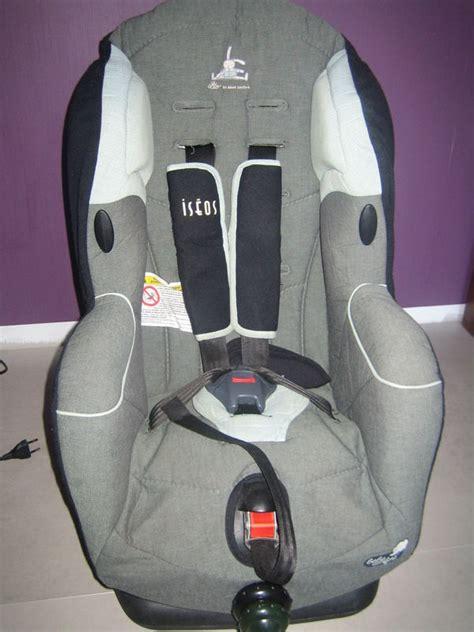 siege bébé confort siège auto quot léo quot bébé confort dans mon grenier il y a