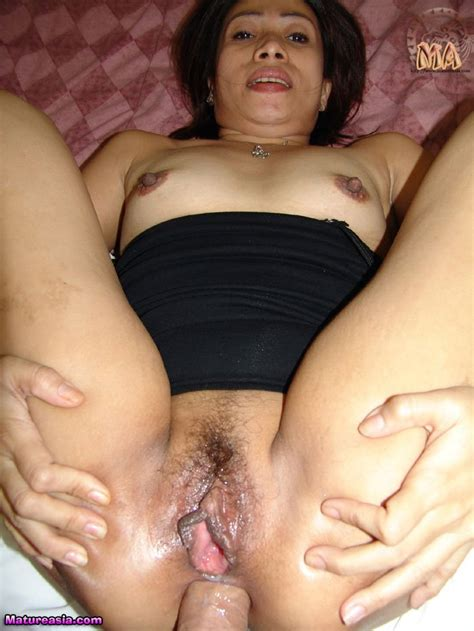 this lbfm asian milf loves anal sex hard and deep
