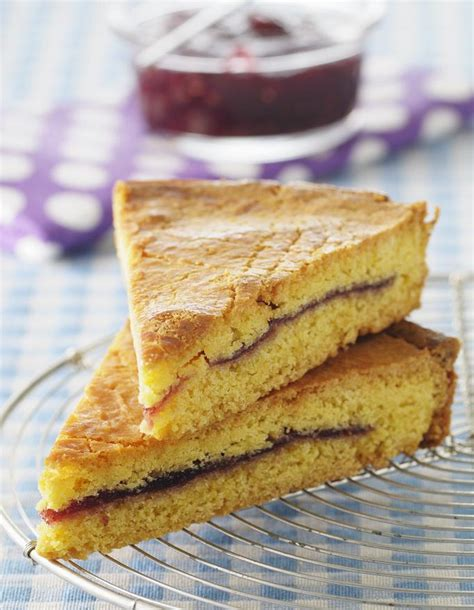 cuisine basque recettes gâteau basque pour 4 personnes recettes à table