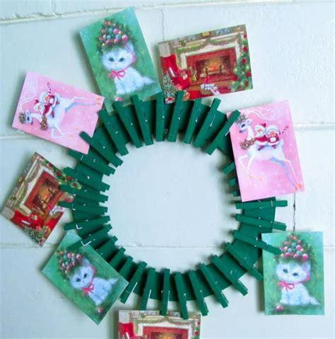 diy christmas card holder wreath allfreechristmascraftscom