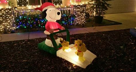 holiday lights and movie sites where to see christmas lights in modesto c a reding company