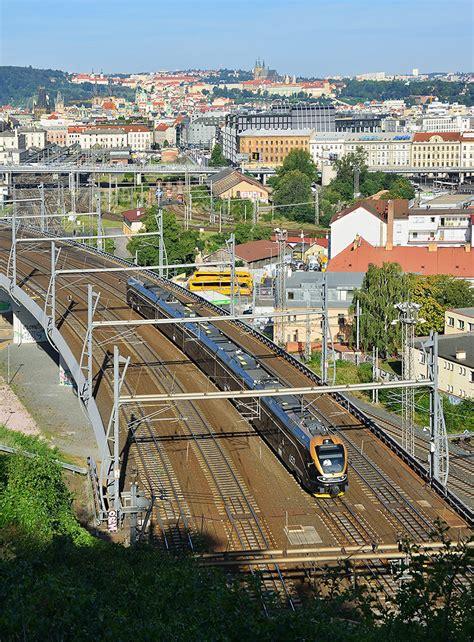 Fotogalerie - detaily fotografie Konkurence v srdci Prahy - ŽelPage [www.zelpage.cz]