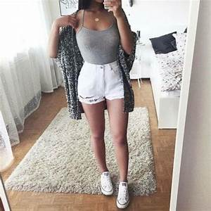 Shirt: grey, tumblr, tumblr outfit, girl - Wheretoget