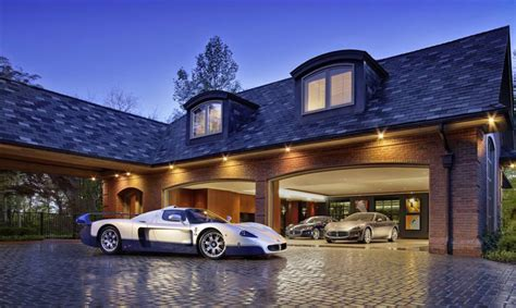 Luxurius Car : 22 Luxurious Garages Perfect For A Supercar