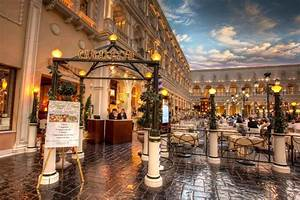 Canaletto las vegas wedding receptions chapel of the for Venetian las vegas wedding photos
