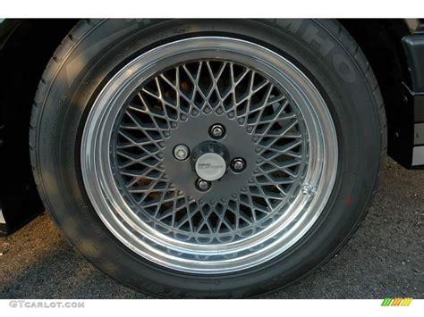 ford mustang saleen fastback wheel photo