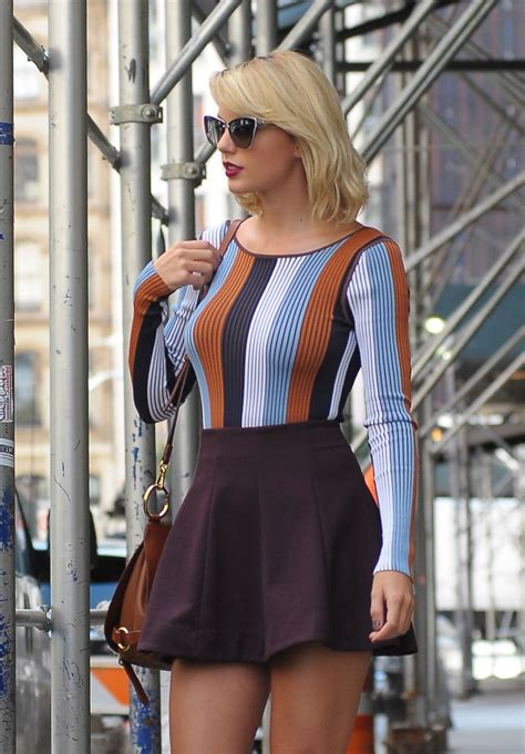 taylor swift inspiring style leaving  apartment  tribeca
