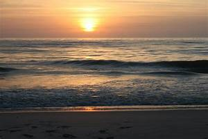 The beach in Wildwood Sunrise   Beach Girl Writes