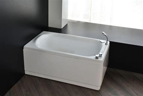 vasca da bagno sedile