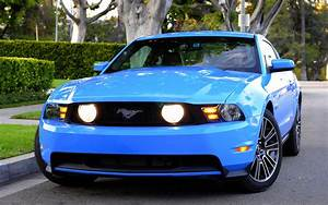 2010 Ford Mustang GT Widescreen Exotic Car Image #10 of 24 : Diesel Station