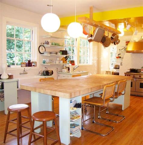 large butchers block kitchen island how to apply a butcher block kitchen island kitchen 8885