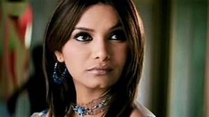 Diana Hayden, Shahwar Ali - Ab Bas Scene 4/10 - YouTube