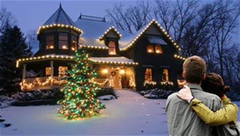 how to put christmas lights on roof how to safely hang christmas lights from the roof pk