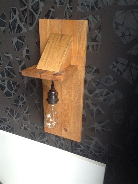 nachtlamp van pallethout met afbeeldingen pallethout