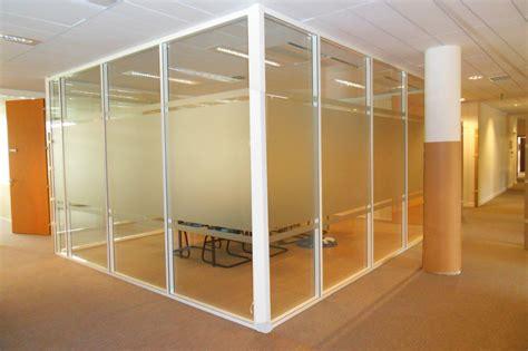 bureau cloison les cloisons de bureau vitrées toute hauteur espace