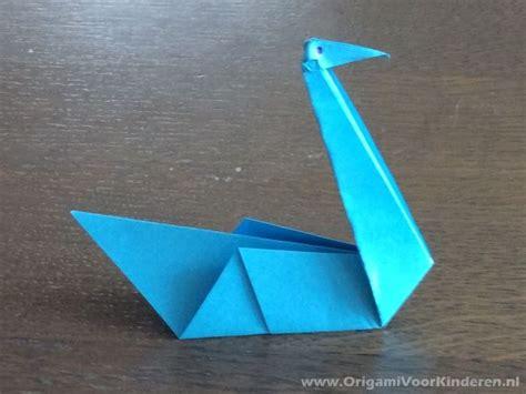 zwaan  makkelijk origami voor kinderen