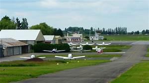 St Cyr L école : panoramio photo of aerodrome de st cyr l 39 cole ~ Medecine-chirurgie-esthetiques.com Avis de Voitures