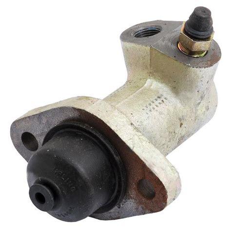 david brown  clutch slave cylinder