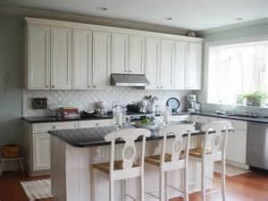 white kitchen with backsplash white kitchen backsplash ideas homesfeed